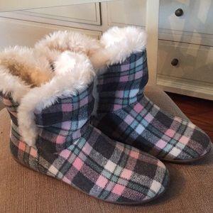 Vionic winter slipper